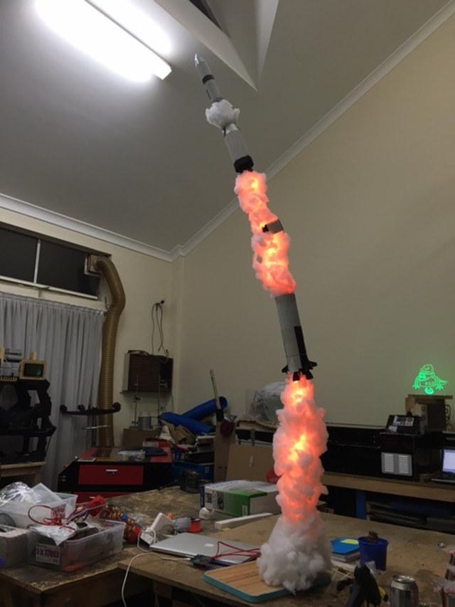 rocket-blasting-off-lamp